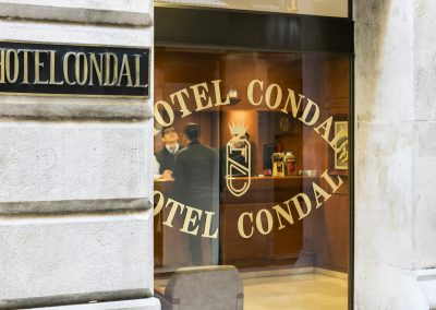 Hotel Condal - Entrada