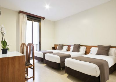 Hotel Condal - Double Room + Extra Bed