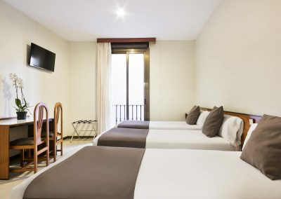 Hotel Condal - Habitació doble + llit extra