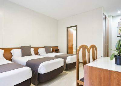 Hotel Condal - Doppelzimmer + Zusatzbett